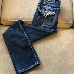 Size 3/4 or 27 Vigoss Boot cut jeans.